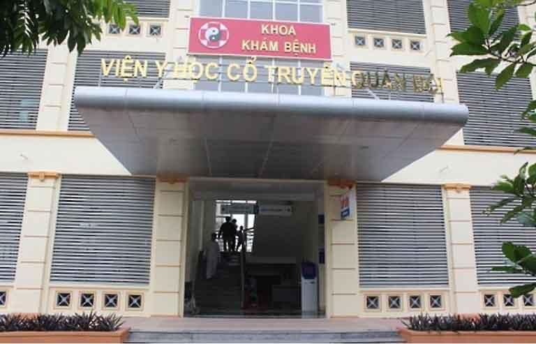 Châm cứu bấm huyệt tại viện YHCT Quân đội