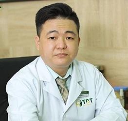 Bác sĩ Trần Mạnh Xuyên - Chuyên gia khám chữa bệnh bằng vật lý trị liệu Đông y