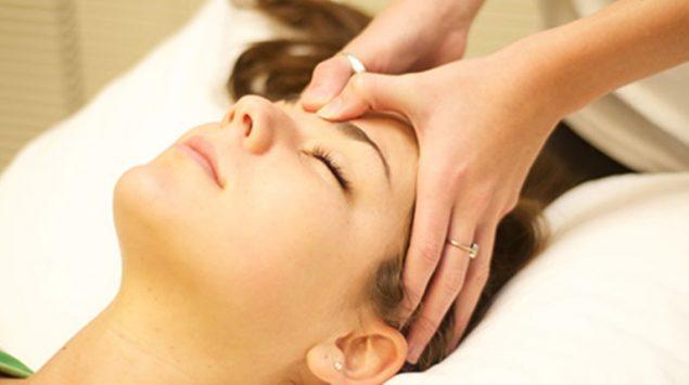 Áp dụng phương pháp này giúp bạn cải thiện khả năng lưu thông máu, trị cơn đau đầu hiệu quả