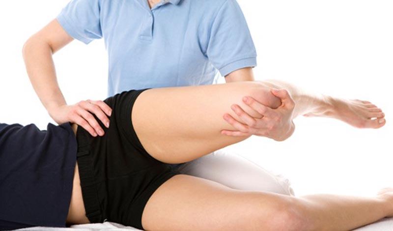 Tác dụng của phương pháp bấm huyệt chữa đau khớp háng
