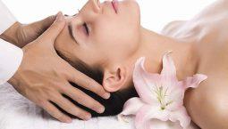 Bấm huyệt chữa mất ngủ đem đến hiệu quả cao.