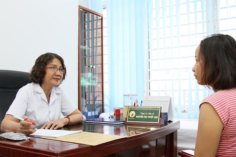 Tại Đông phương Y pháp, bệnh nhân luôn được tư vấn để ổn định tâm lý, tin tưởng vào liệu pháp điều trị