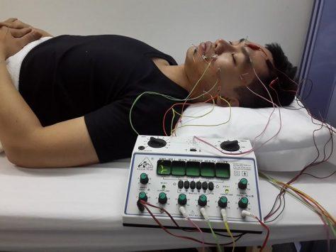 Điều trị bệnh bằng điện châm an toàn, hiệu quả