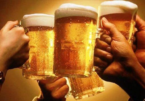 Rượu bia là một trong những nguyên nhân chính gây đột quỵ