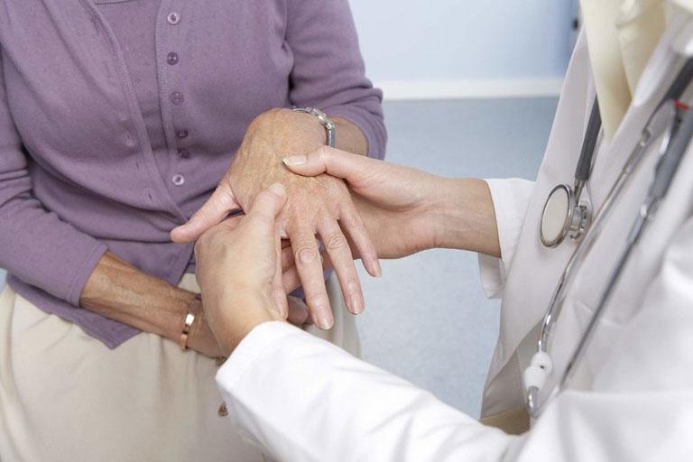 Người bệnh cần đến cơ sở y tế chẩn đoán và điều trị bệnh đúng cách