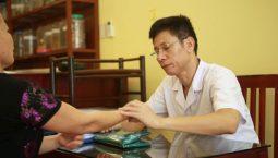 Tìm hiểu về bác sĩ Ngô Quang Hùng và sự nghiệp cấy chỉ chữa bệnh