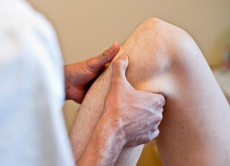 Bấm huyệt chữa đau khớp gối là phương pháp điều trị hiệu quả hiện nay