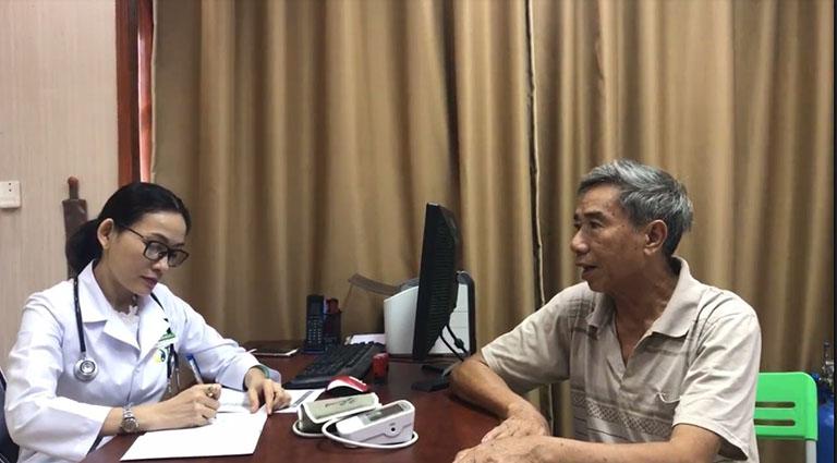 Chú Nguyễn Văn Dũng và buổi thăm khám cùng BS Nhân Tâm tại Đông phương Y pháp chữa bệnh khớp