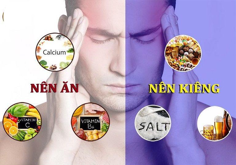 Người bị đau đầu chóng mặt cần chú ý khi lựa chọn thực phẩm
