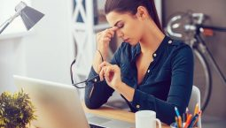 Đau đầu chóng mặt - mối nguy RÌNH RẬP và cách CHẤM DỨT cơn đau không cần dùng thuốc