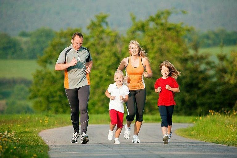 Luyện tập thể dục thể thao tăng cường sức khỏe và phòng ngừa bệnh