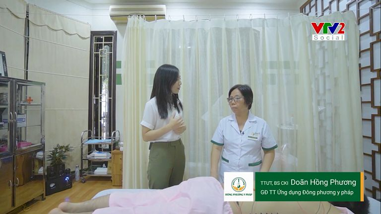 Bác sĩ Doãn Hồng Phương trong phóng sự