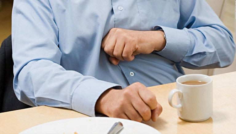 Đầy bụng, khó tiêu là bệnh nhiều người mắc phải.