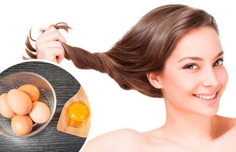 Những cách chữa rụng tóc đơn giản và được dùng phổ biến hiện nay đó là: Sử dụng thuốc, phẫu thuật để kích thích mọc tóc và làm chậm rụng tóc.