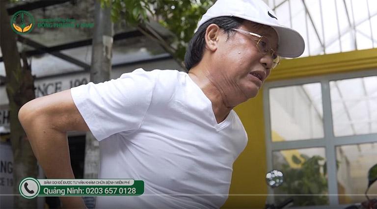 nghệ sĩ Phú Thăng bị những cơn đau lưng gây nhiều cản trở trong cuộc sống