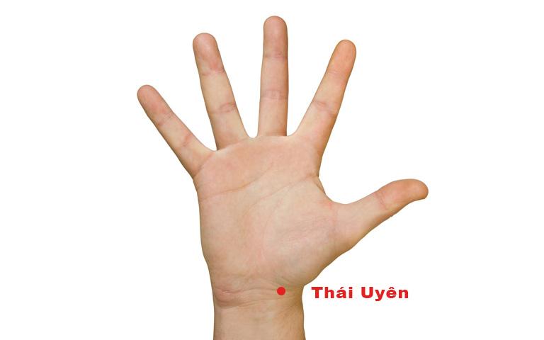 Day ấn huyệt Thái Uyên quá mạnh có thể gây nguy hiểm cho tính mạng