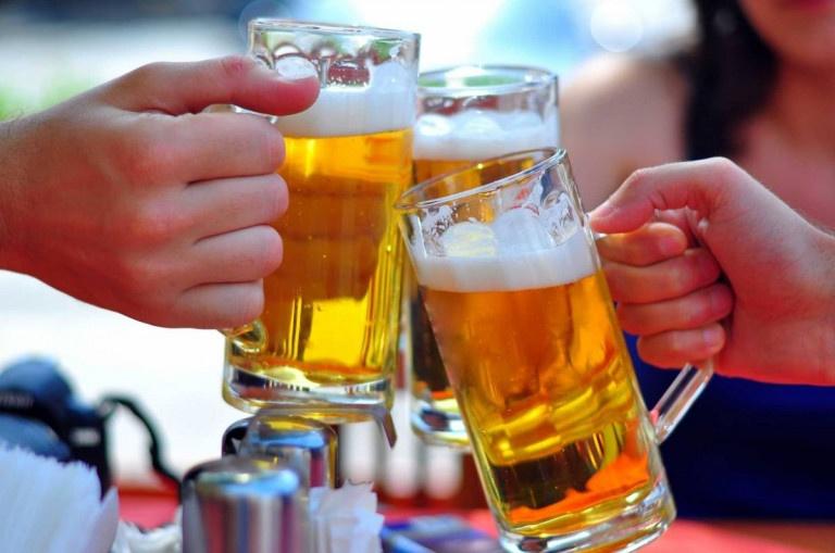 Tình trạng đau nhức xương khớp sau khi uống rượu