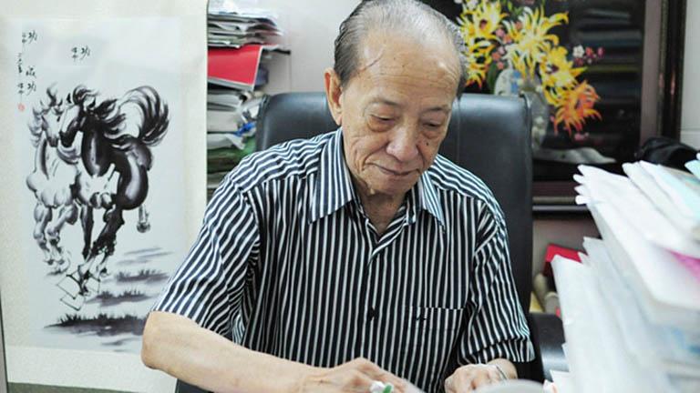 Bên cạnh việc khám chữa bệnh, Giáo sư Nguyễn Tài Thu còn say mê nghiên cứu, để lại khối tài sản tri thức vô giá