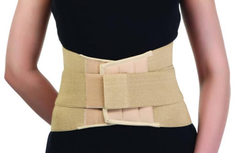 Đai đeo Dyna thoáng khí D11 hỗ trợ quá trị điều trị cột sống