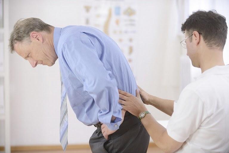 Người già là đối tượng có tỉ lệ mắc chứng đau lưng mỏi gối cao