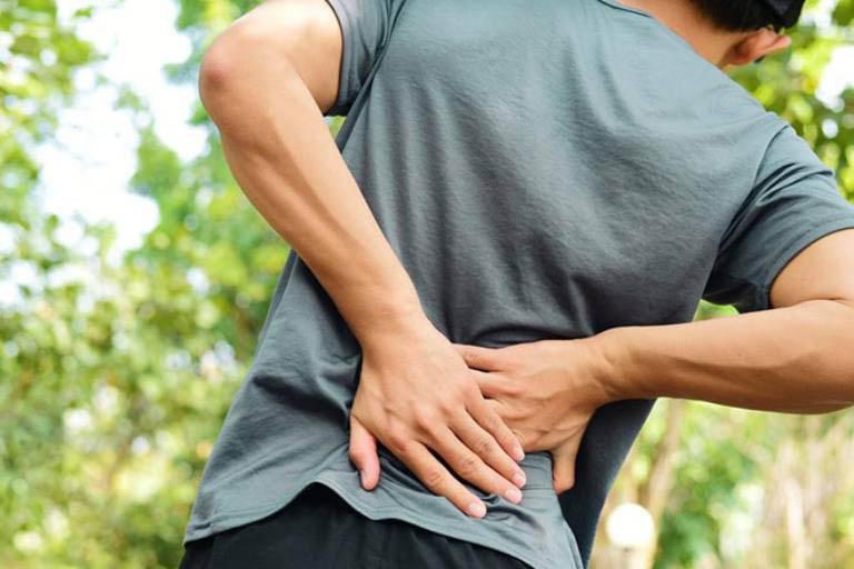 Người bị đau lưng uống gì để mau chóng khỏi bệnh?
