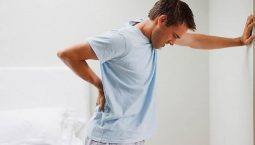 Chấn thương là một trong số các nguyên nhân gây ra tình trạng đau lưng lan xuống chân