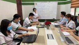 Toàn cảnh buổi họp chuyên môn tại Trung tâm Đông phương Y pháp