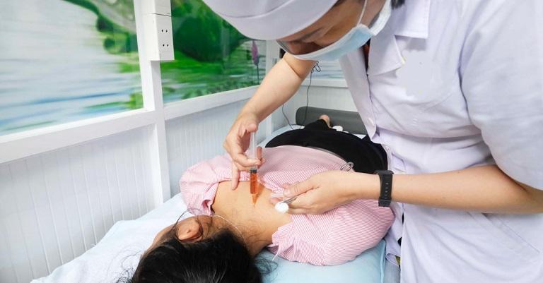 Thủy châm - một loại kỹ thuật mới được sử dụng trong điều trị bệnh