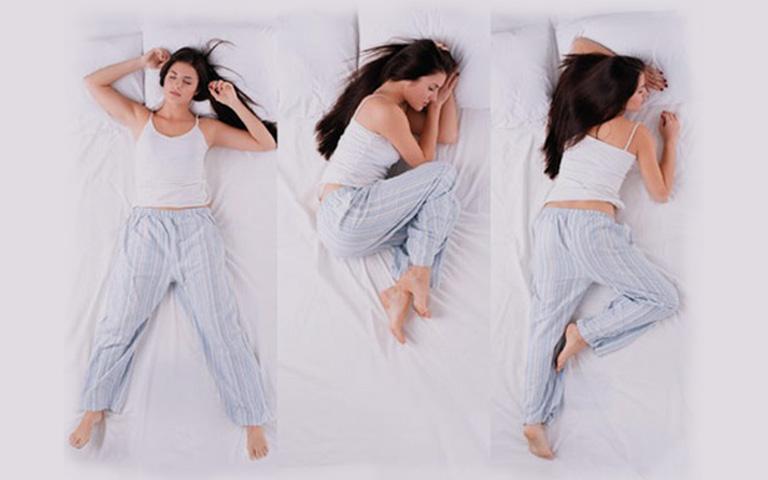 Ngủ ở tư thế không phù hợp làm ảnh hưởng tuần hoàn máu và gây chèn ép các dây thần kinh, dẫn tới hiện tượng tê bì tay chân vào buổi sáng sau khi thức dậy.