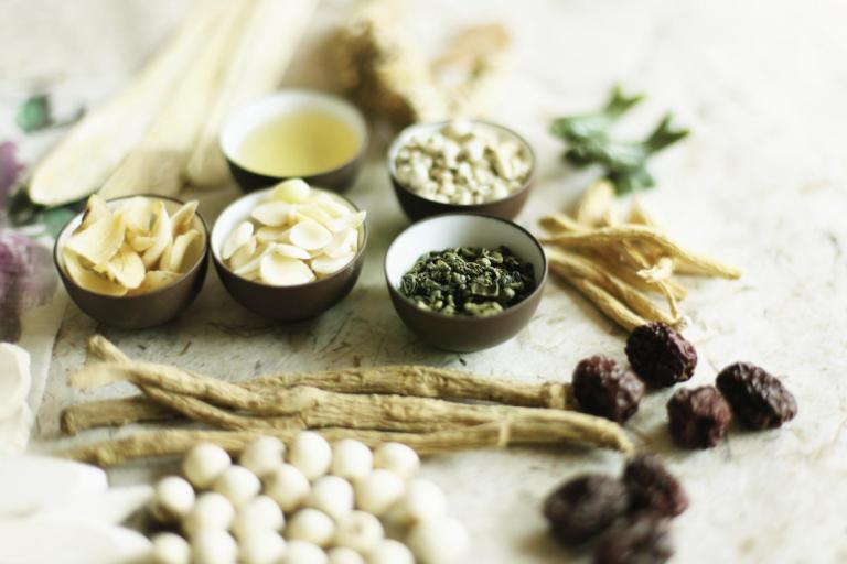 Bài thuốc Đông y có tác dụng chậm nên cần kiên trì áp dụng