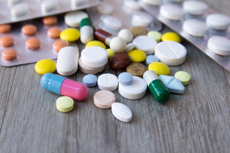 Hầu hết các thuốc đau mỏi vai gáy đều được bào chế dưới dạng viên nén