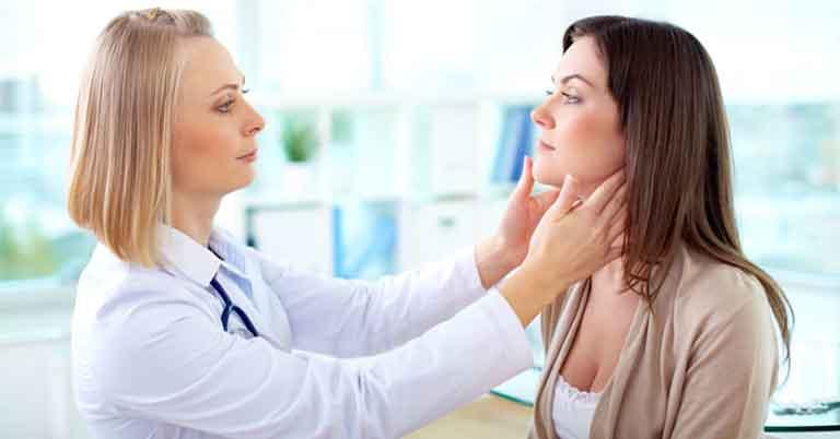 Người bệnh nên đến các cơ sở vật lý trị liệu để được thầy thuốc tư vấn và hướng dẫn