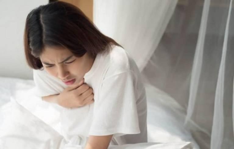 Người bệnh mất ngủ khó thở vào ban đêm