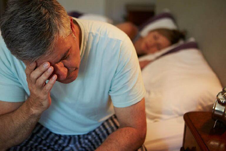 Bệnh mất ngủ kinh niên: Nguyên nhân và cách điều trị hiệu quả