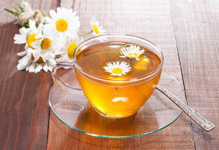 Chữa mất ngủ, khó ngủ bằng trà hoa cúc