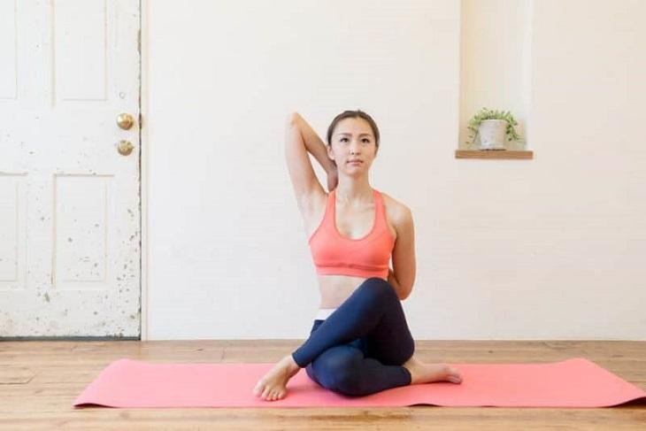Luyện tập Yoga có tác động tích cực trong điều trị đau vai gáy