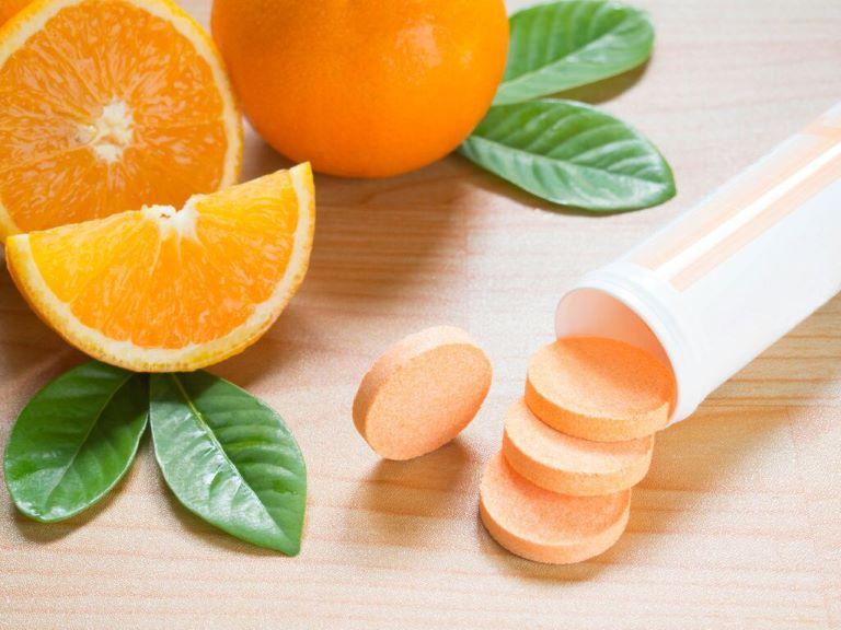 Tổng hàm lượng vitamin dung nạp từ thực phẩm và các chế phẩm bổ sung không vượt quá mức 500mg/ngày