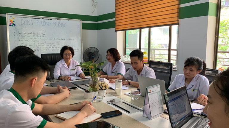 Buổi họp hội đồng với sự tham gia của bác sĩ chuyên gia hàng đầu tại Trung tâm