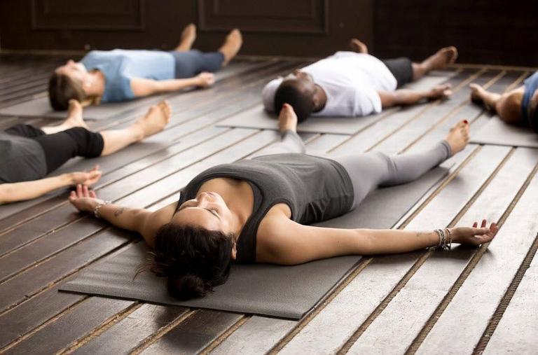 Tư thế xác chết trong yoga