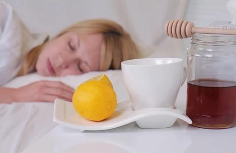 Công dụng khi chữa mất ngủ bằng mật ong