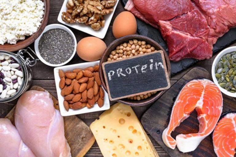 Bị đau đầu chóng mặt nên ăn nhiều thực phẩm chứa protein