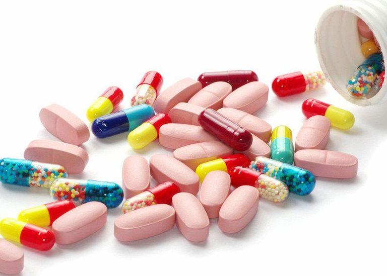Nên dùng thuốc Tây y theo chỉ dẫn để tránh gặp phải tác dụng phụ