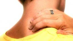 Đau nửa đầu vai gáy là tình trạng khá phổ biến hiện nay