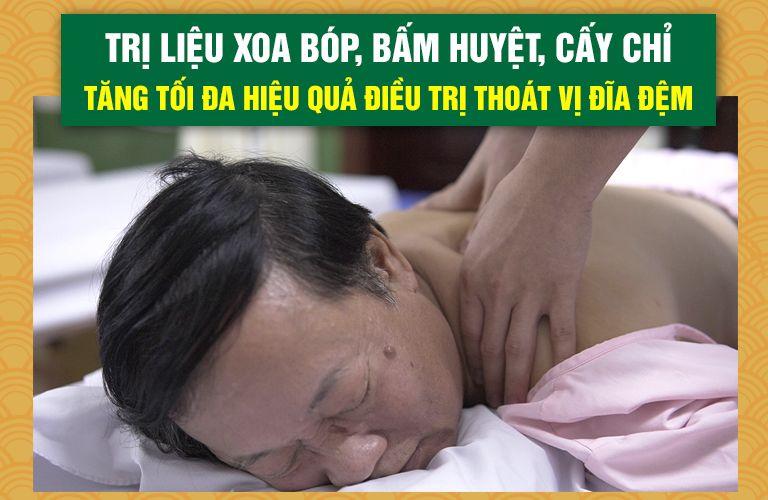 NS Phú Thăng điều trị thoát vị đĩa đệm tại Đông phương Y pháp