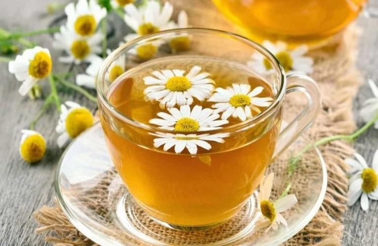Trà hoa cúc mật ong hỗ trợ giấc ngủ ngon và sâu