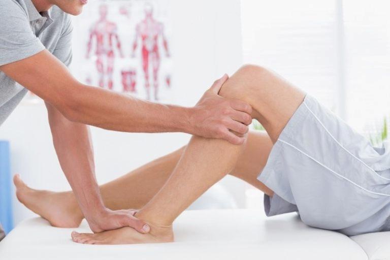 Có thể bấm huyệt sau đầu gối để giảm triệu chứng bệnh vùng cột sống lưng