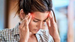 Đau đầu mãn tính thường kéo dài và tái lại nhiều lần