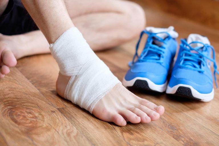 Đối tượng nào cũng có thể gặp phải tình trạng trẹo chân