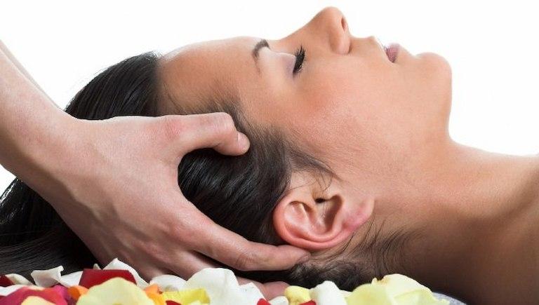 Châm cứu huyệt Suất Cốc giúp giảm nhanh triệu chứng hoa mắt, đau đầu
